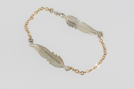 Small feather bracelet